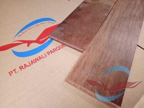 harga lantai kayu Parquet Merbau