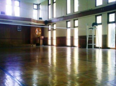 lantai kayu parket lapangan bulu tangkis 1