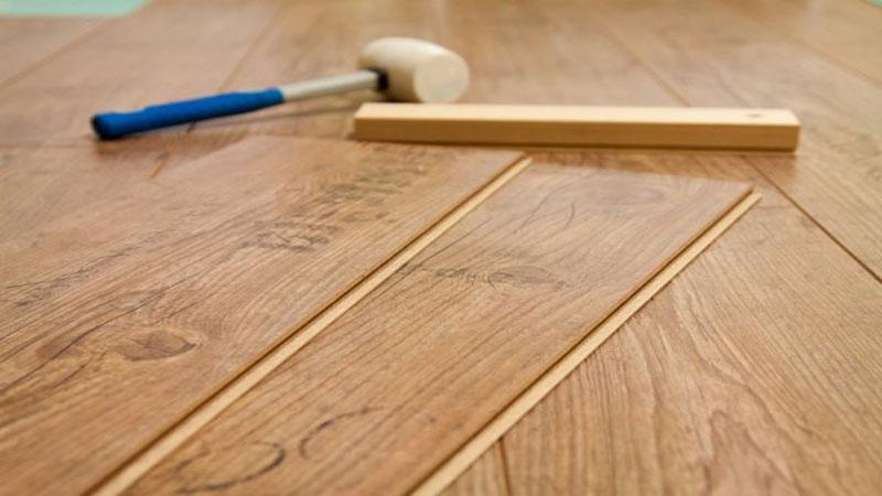 langkah-langkah memasangkan lantai laminate yang mudah