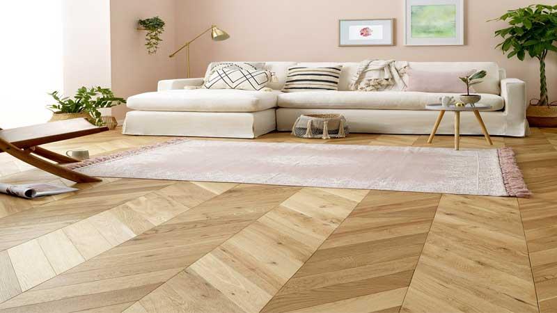 lantai kayu dapat merubah tampilan rumah menjadi lebih mewah & indah