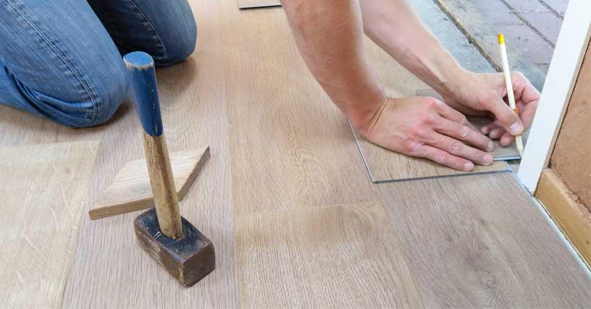 Finishing parket kayu jati