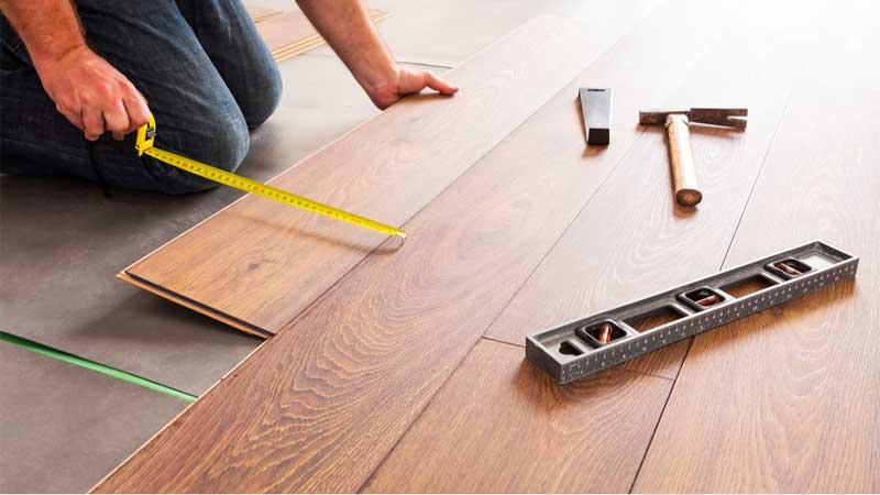 langkah mudah memasangkan lantai parket laminate