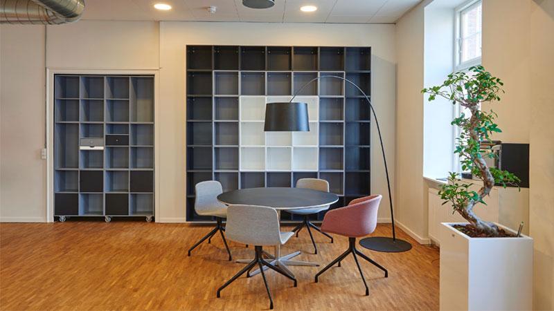 lantai kayu ruangan kantor