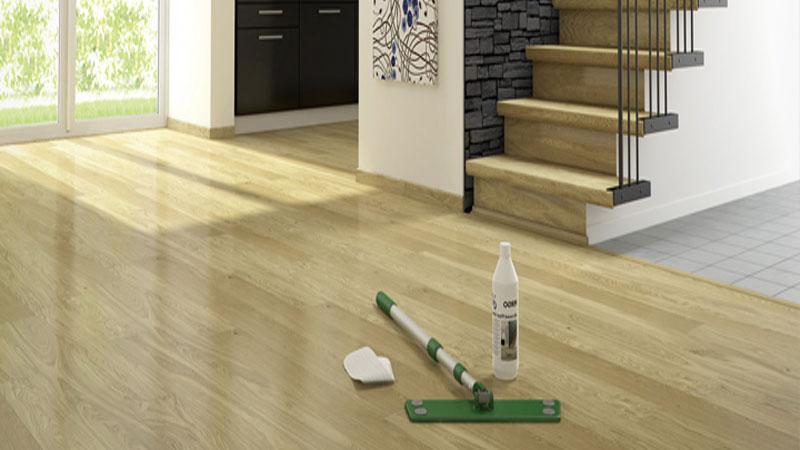 terdapat 3 tahapan dalam merawat lantai kayu dirumah